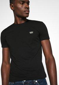 Antony Morato - SUPER SLIM FIT - Camiseta básica - black - 3