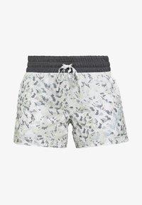 Salomon - COMET - Outdoor shorts - white - 3
