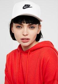 Nike Sportswear - FUT SNAPBACK - Cap - white - 1