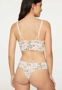 OYSHO - FLORAL PRINT BRALETTE WITH REMOVABLE CUPS 30199624 - Korzet - white - 1