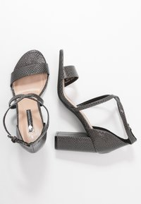 Dorothy Perkins - SELLY LIZARD - Sandaler med høye hæler - grey - 3