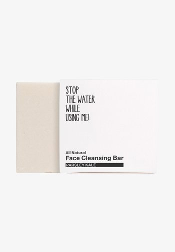 ALL NATURAL PARSEY KALE FACE CLEANSING BAR - Cleanser - black/white