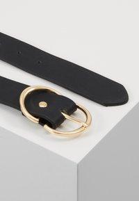 ONLY - ONLMAY ZANNE JEANS BELT - Belt - black/gold - 2