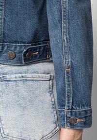 Levi's® - ORIGINAL TRUCKER - Veste en jean - soft as butter dark - 4