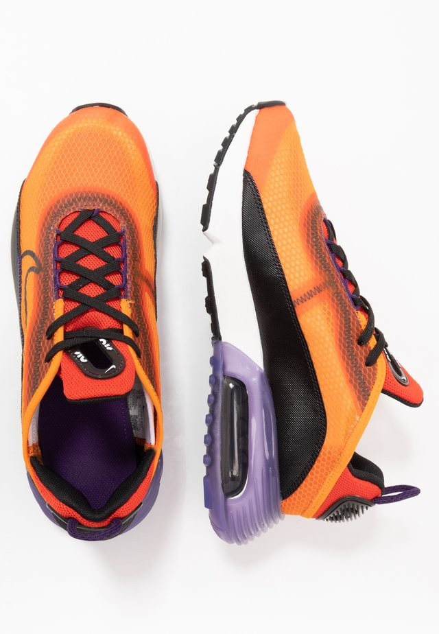 AIR MAX 2090 UNISEX - Zapatillas - magma orange/black/eggplant/habanero red