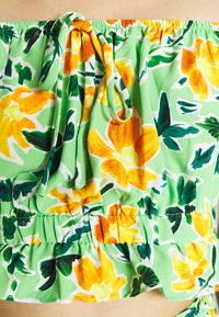 Glamorous - Blouse - green painted floral - 4
