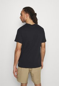 Nike Performance - TEE TENNIS - Print T-shirt - black - 2