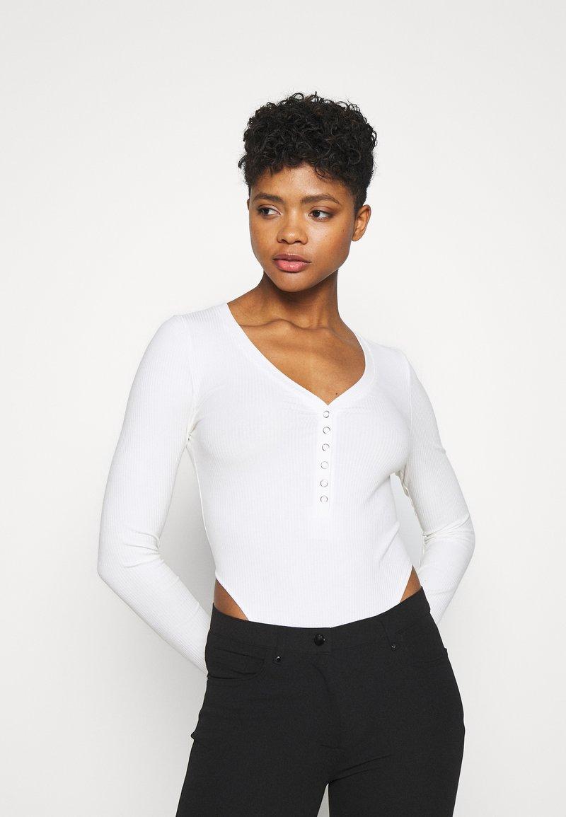 Monki - AINO  - Long sleeved top - white