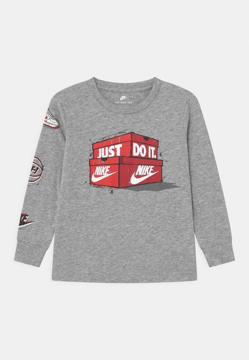 Nike Sportswear - AIR MAX BOXES - Long sleeved top - dark grey heather