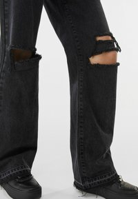Bershka - Jeans Relaxed Fit - black - 3
