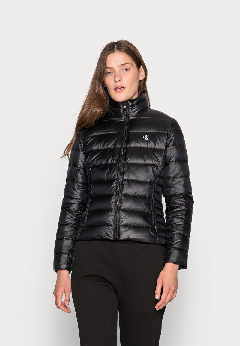 Calvin Klein Jeans - BACK LOGO ELASTIC MOTO JACKET - Winter jacket - black