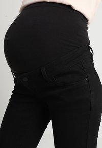 MAMALICIOUS - Jeans slim fit - black denim