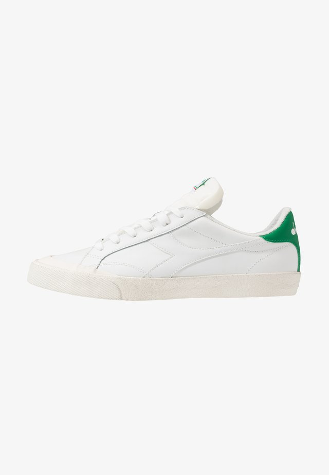 MELODY DIRTY - Trainers - white/peas cream