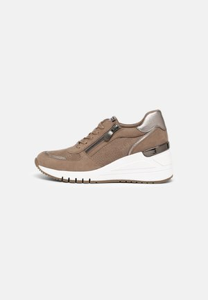 Trainers - antelope