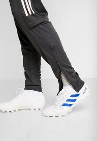 adidas Performance - DEUTSCHLAND DFB TRAINING PANT - Koszulka reprezentacji - carbon - 4