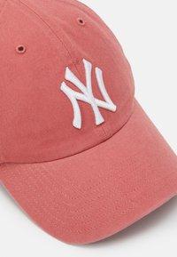 '47 - NEW YORK YANKEES CLEAN UP UNISEX - Cap - island red - 3