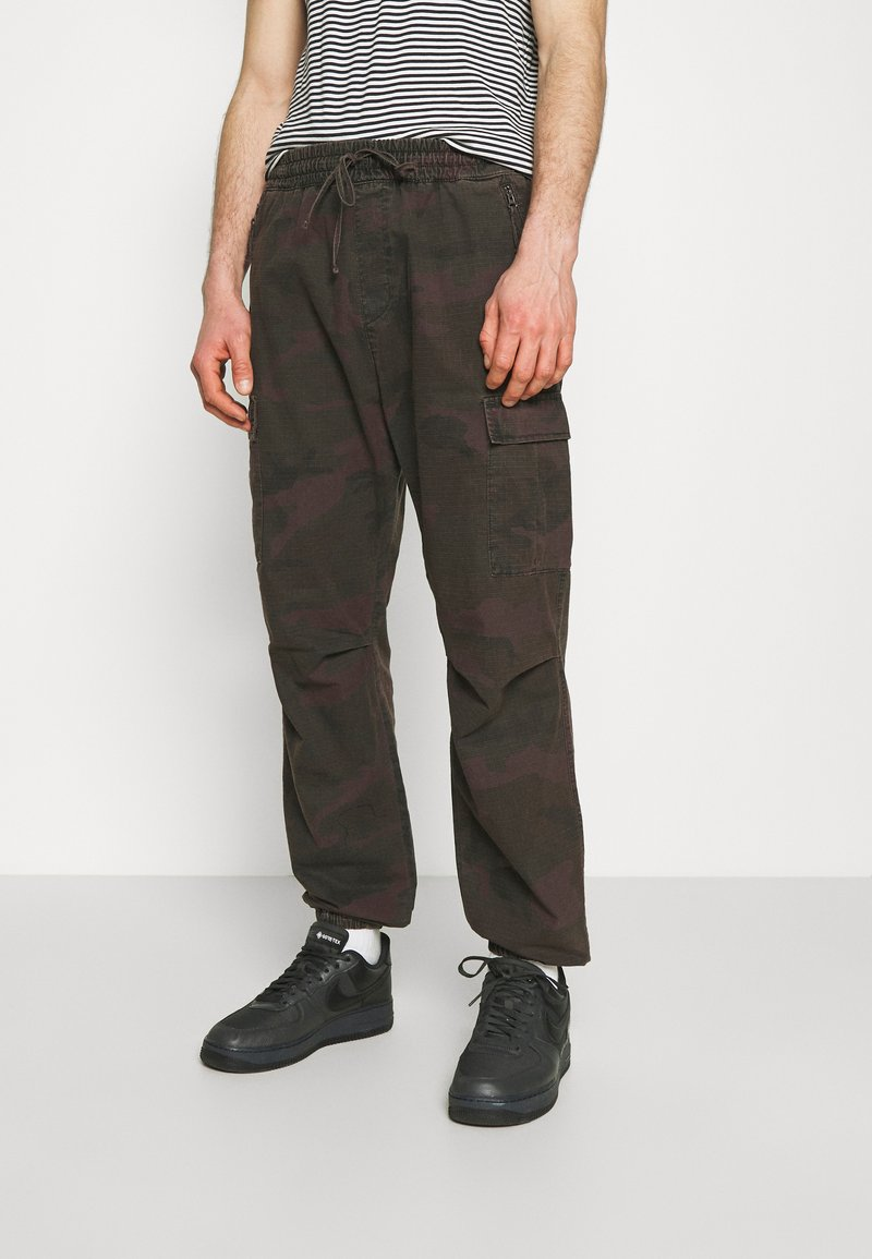Carhartt WIP - JOGGER COLUMBIA - Cargo trousers - camo provence rinsed
