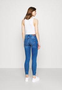 ONLY - ONLKENDELL LIFE - Jeans Skinny - medium blue denim - 2