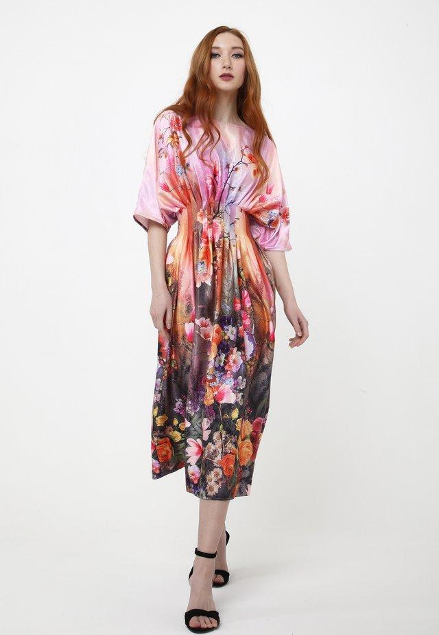 KVINTA - Robe d'été - blass rosa, rot