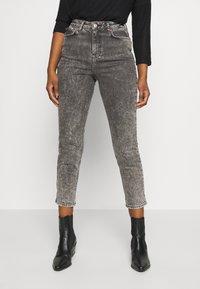New Look Petite - ACID MOM SANT - Džíny Slim Fit - dark grey - 0
