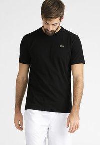 Lacoste Sport - CLASSIC - T-shirt basique - black - 0