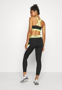 ONLY Play - ONPALIX 7/8 TRAINING - Leggings - black/white/safety yellow - 2