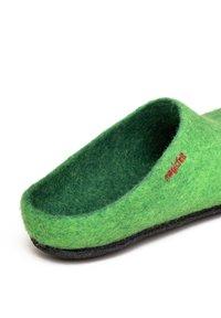 Magicfelt - Slippers - green - 4