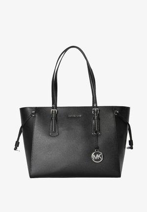 VOYAGER - Handtasche - black