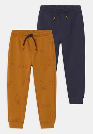 2 PACK - Trousers - sudan brown