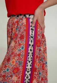 Oui - A-line skirt - red violett - 3