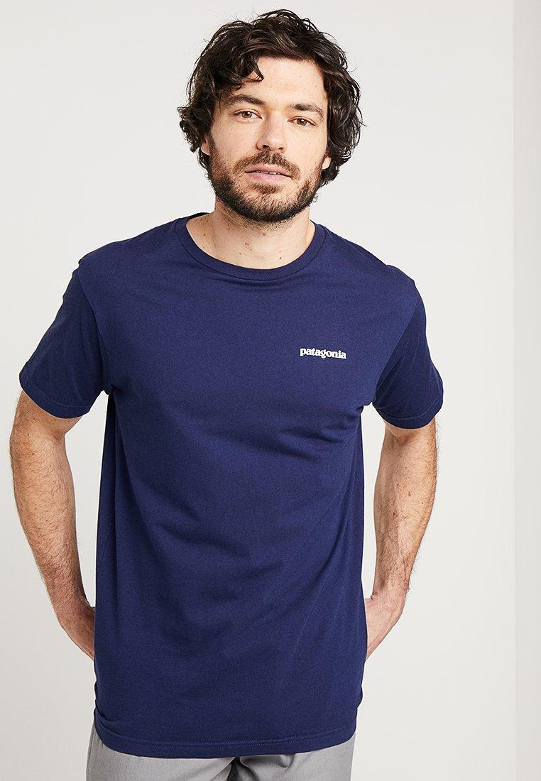 Patagonia - LOGO ORGANIC - T-shirt imprimé - classic navy