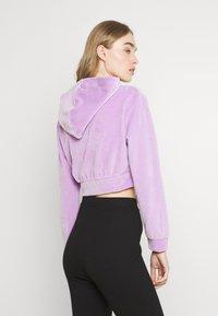 NEW girl ORDER - DIAMANTE BUTTERFLY HOODIE - Zip-up sweatshirt - lilac - 3