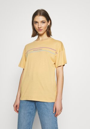 OVERSIZED TEE - T-shirt print - golden
