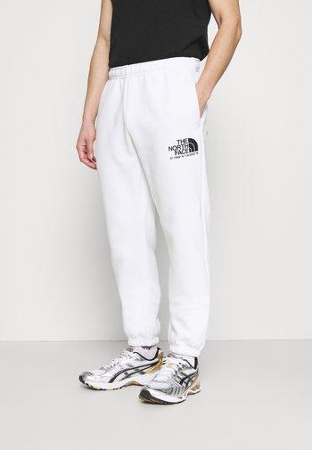 COORDINATES PANT - Teplákové kalhoty - white