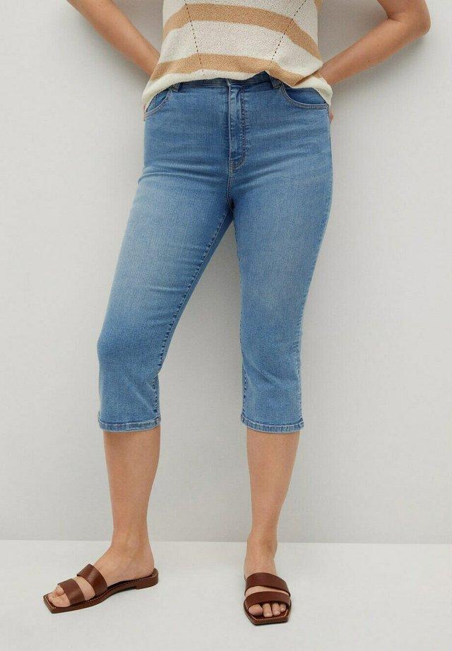 Shorts di jeans - hellblau