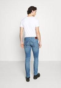 Pepe Jeans - HATCH - Slim fit jeans - blue denim - 2