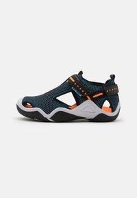 Geox - WADER - Chodecké sandály - navy/orangefluo - 0