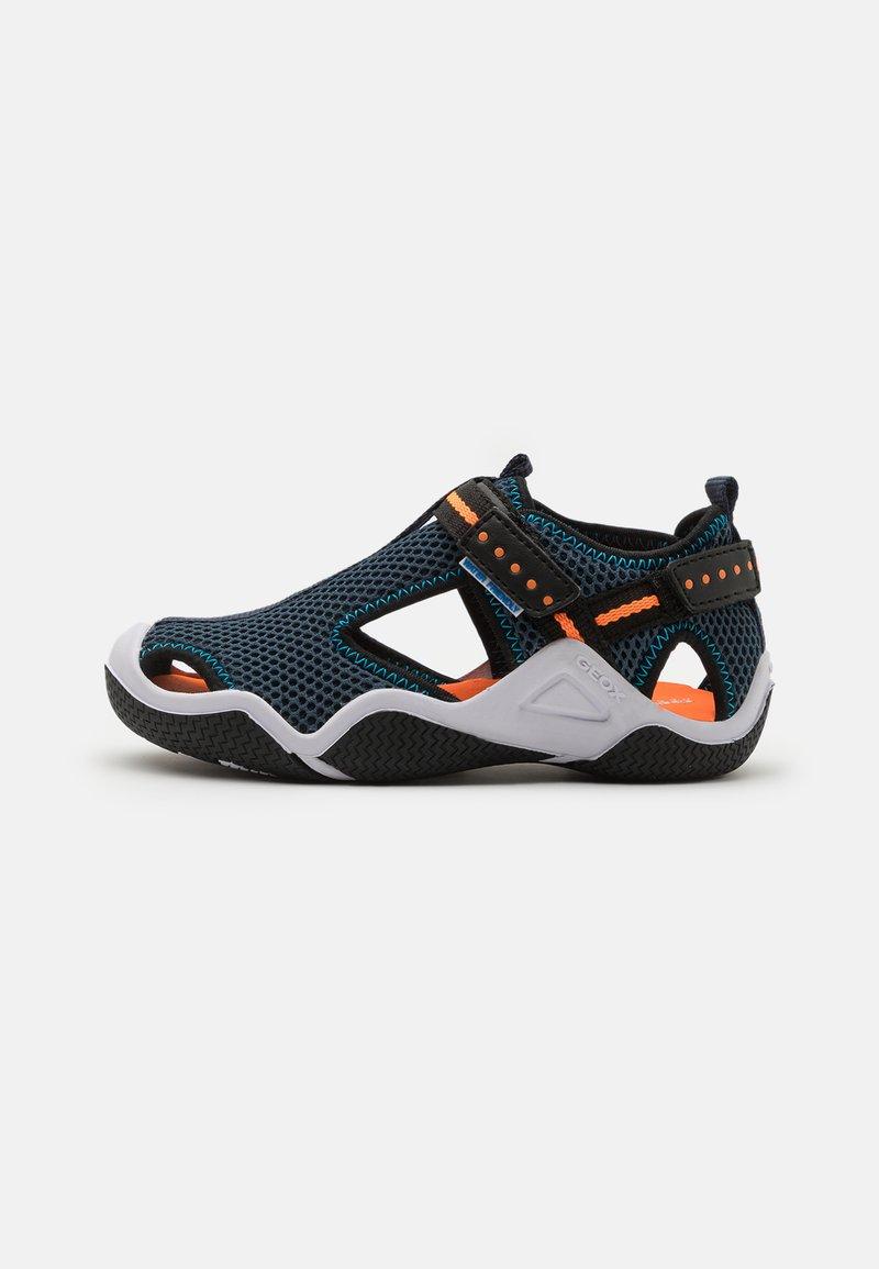 Geox - WADER - Chodecké sandály - navy/orangefluo