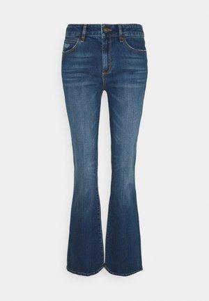 TARA FLARE WASH BATH DISTRESSED - Flared Jeans - denim blue