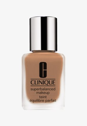 SUPERBALANCED MAKE-UP - Foundation - 06 linen