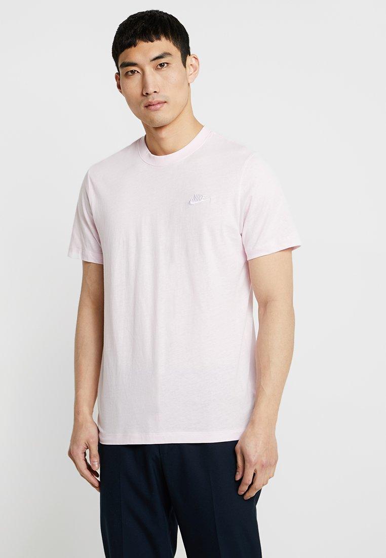 Nike Sportswear - CLUB TEE - T-shirt basic - pink foam/white