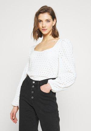 VIBEKE - Bluzka z długim rękawem - white