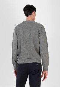 Scalpers - Sweatshirt - grey melange - 2