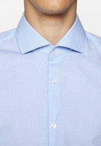 HUGO - KASON - Formal shirt - light/pastel blue - 5