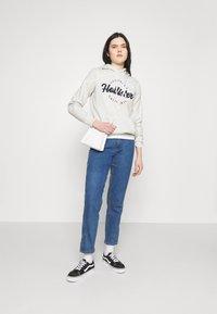 Hollister Co. - CHAIN TECH CORE - Hoodie - grey - 1