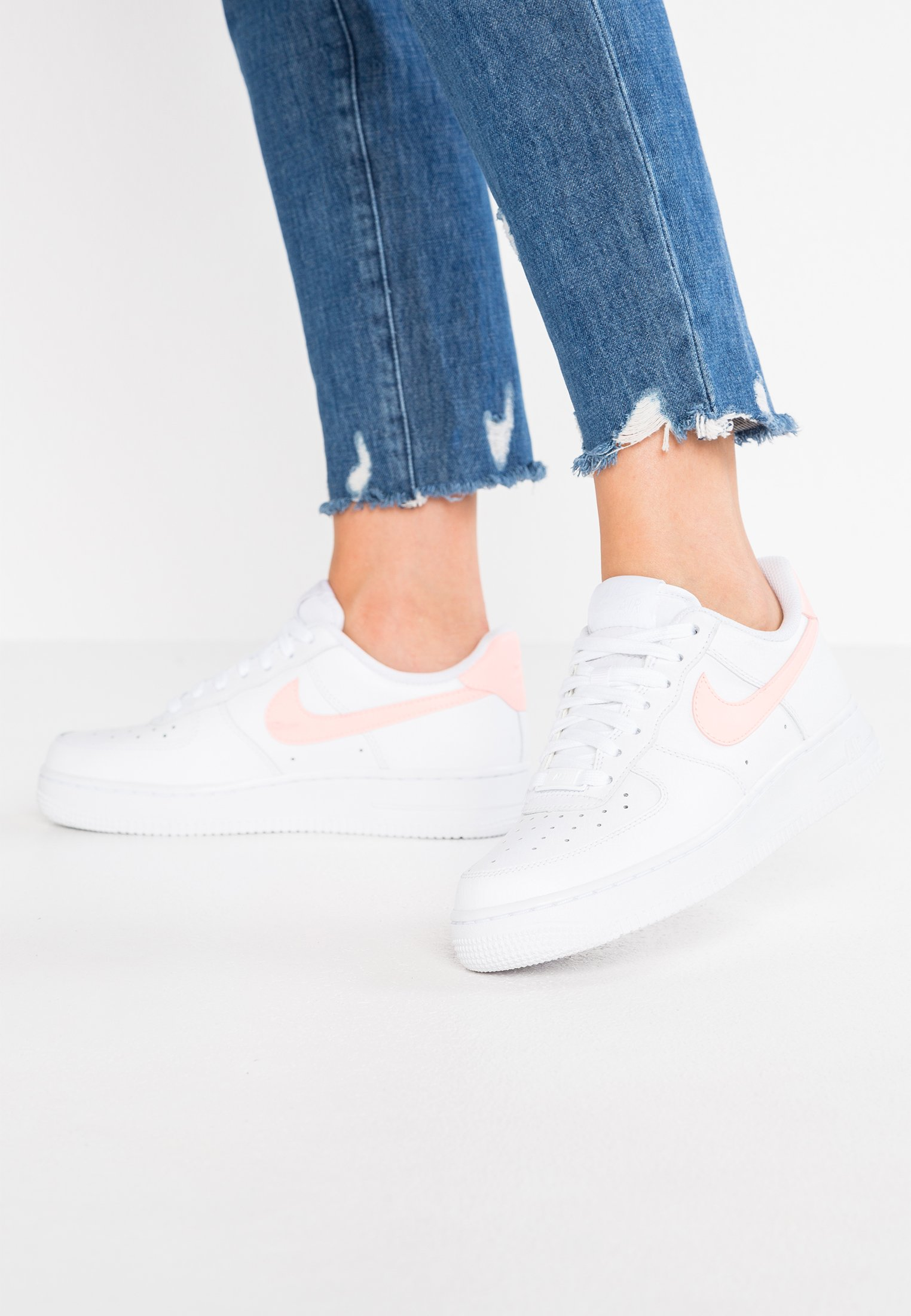 AIR FORCE 1'07 - Sneakers laag - white/oracle pink