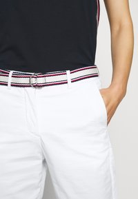 Tommy Hilfiger - SLIM PANT - Trousers - white - 5