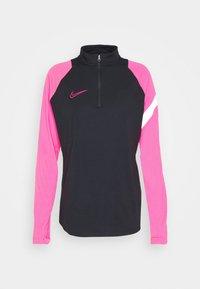 black/hyper pink/white