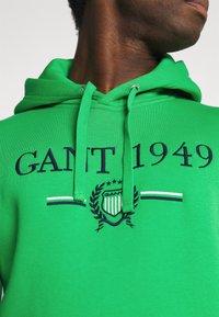 GANT - 1949 CREST HOODIE - Luvtröja - fern green - 4