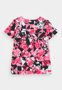 Nike Sportswear - G NSW ICONCLASH AOP DPTL - T-shirt imprimé - university red/black/pink - 1